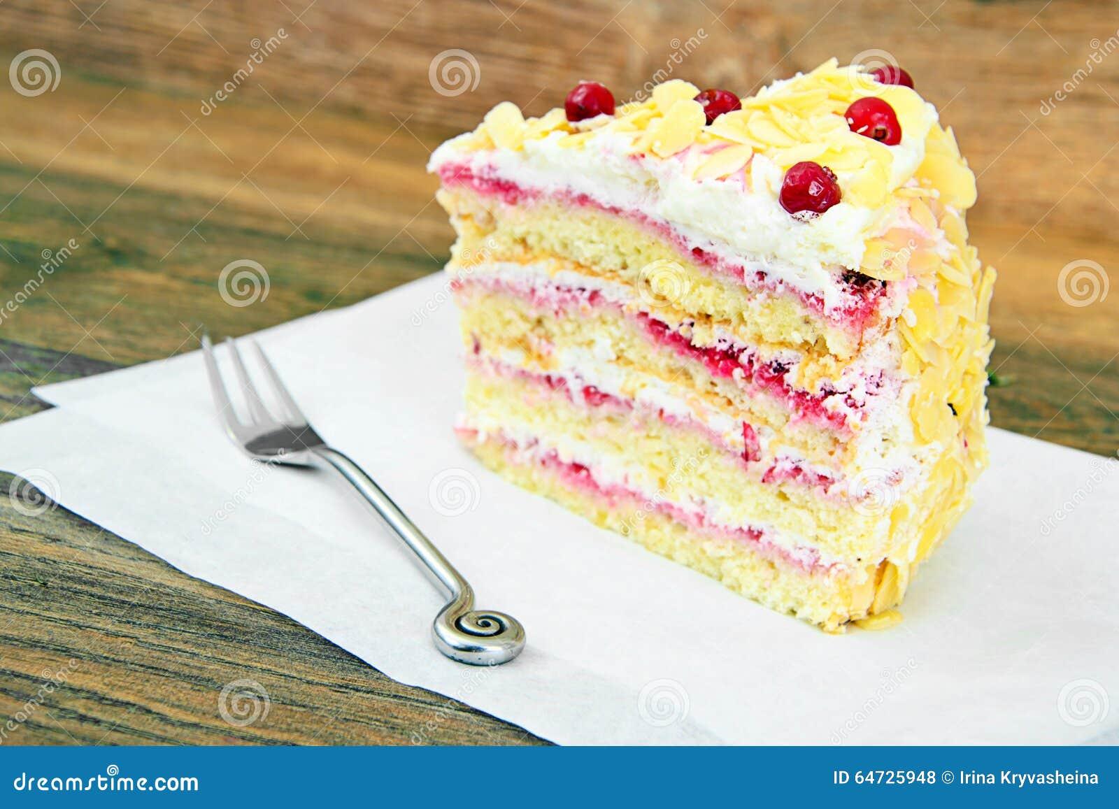 Dolce del dessert con i mirtilli rossi