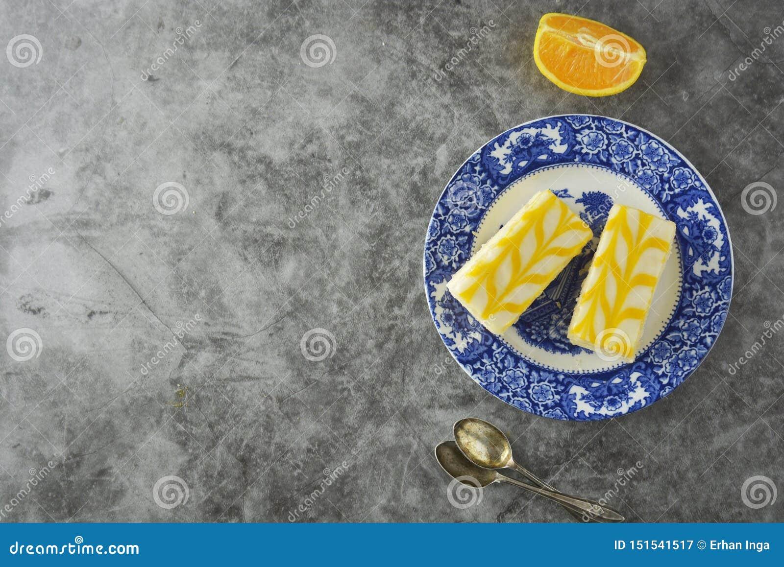Dolce dell acquerugiola del limone, dessert del dolce della crosta del limone