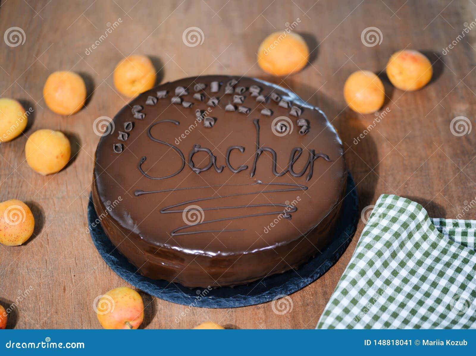 Dolce di Sacher - dessert austriaco tradizionale del cioccolato