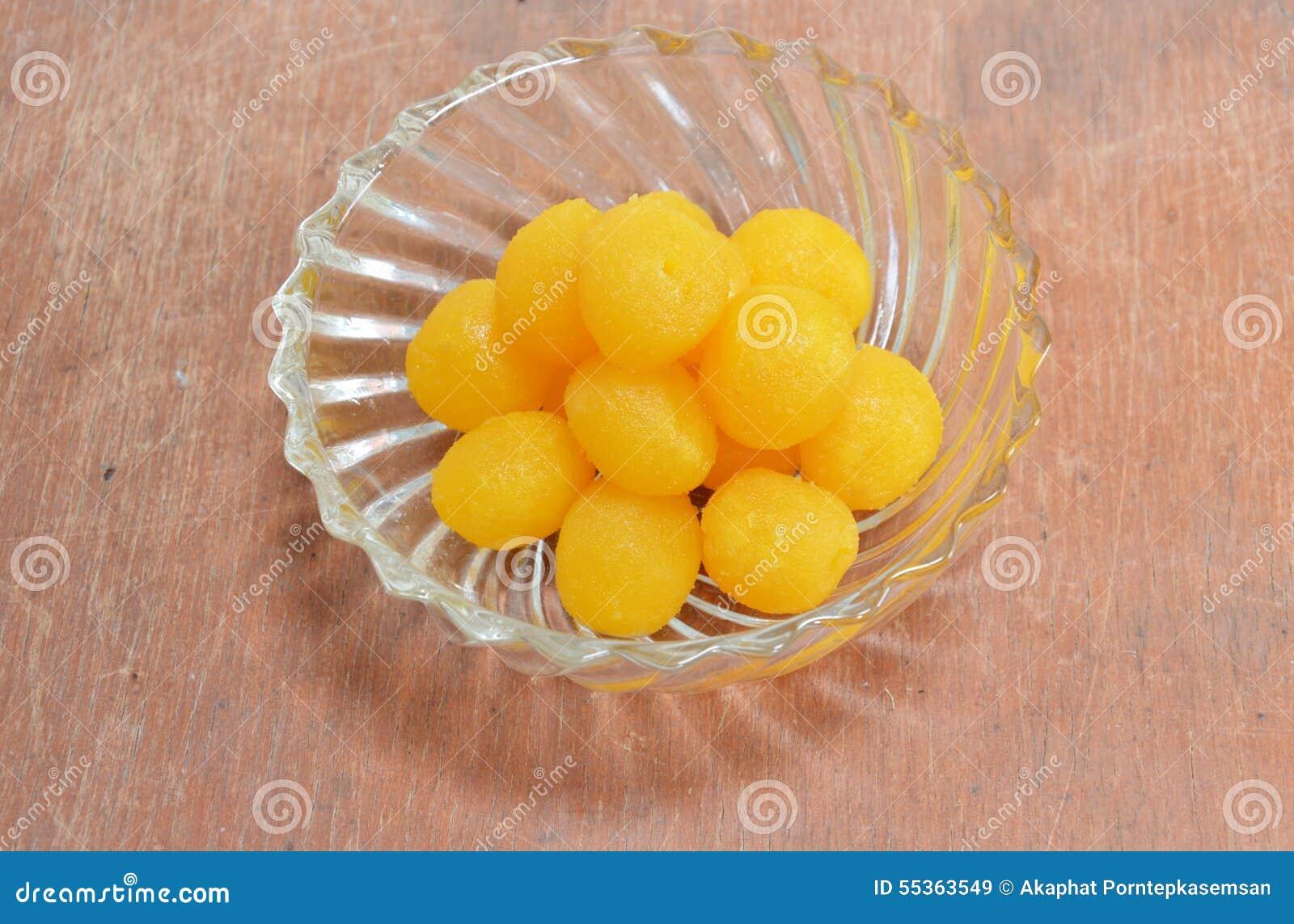 Dolce tailandese di goccia del tuorlo d uovo dell oro in ciotola