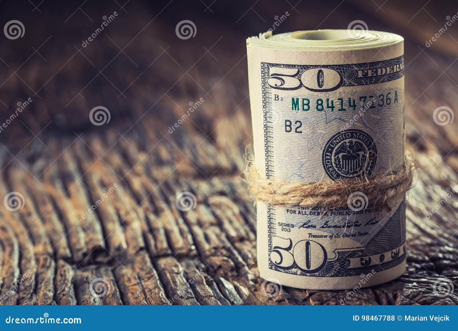Dollar rollten Banknotennahaufnahme Bargeld-Amerikaner-Dollar Großaufnahme des Stapels US-Dollars