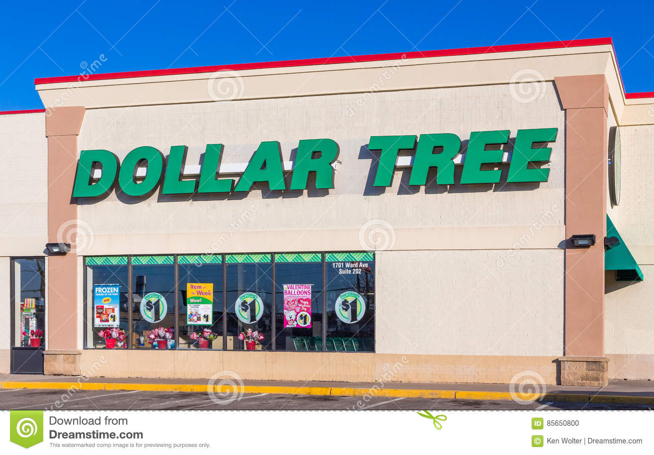 Dollar Tree Retail Store Sign and Logo