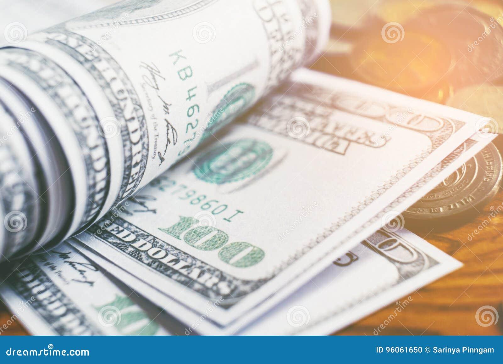 Dollars de concept de plan rapproché Cent finances d argent d argent liquide du dollar