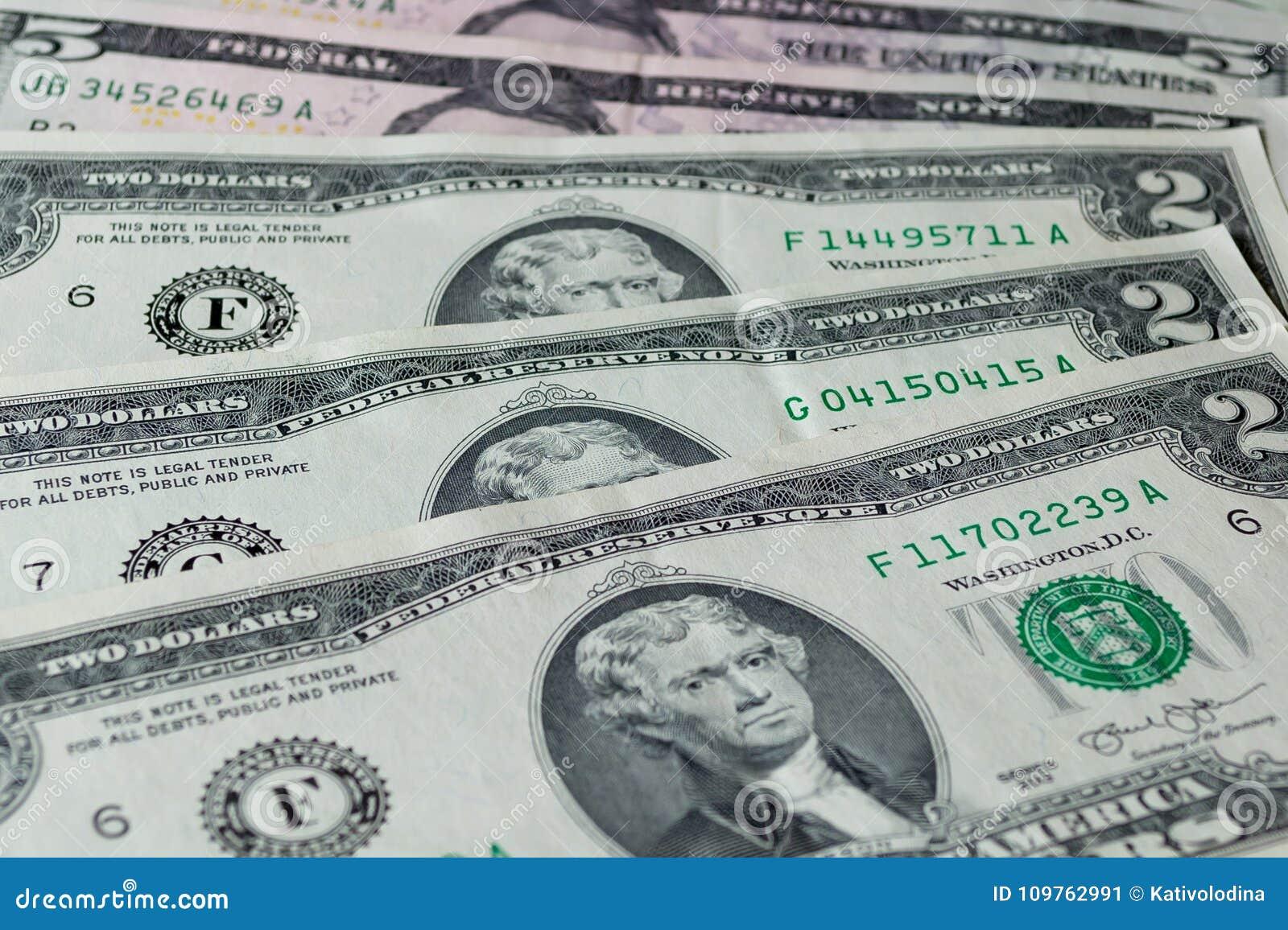 Dollars US : Haut étroit de factures de dollar US