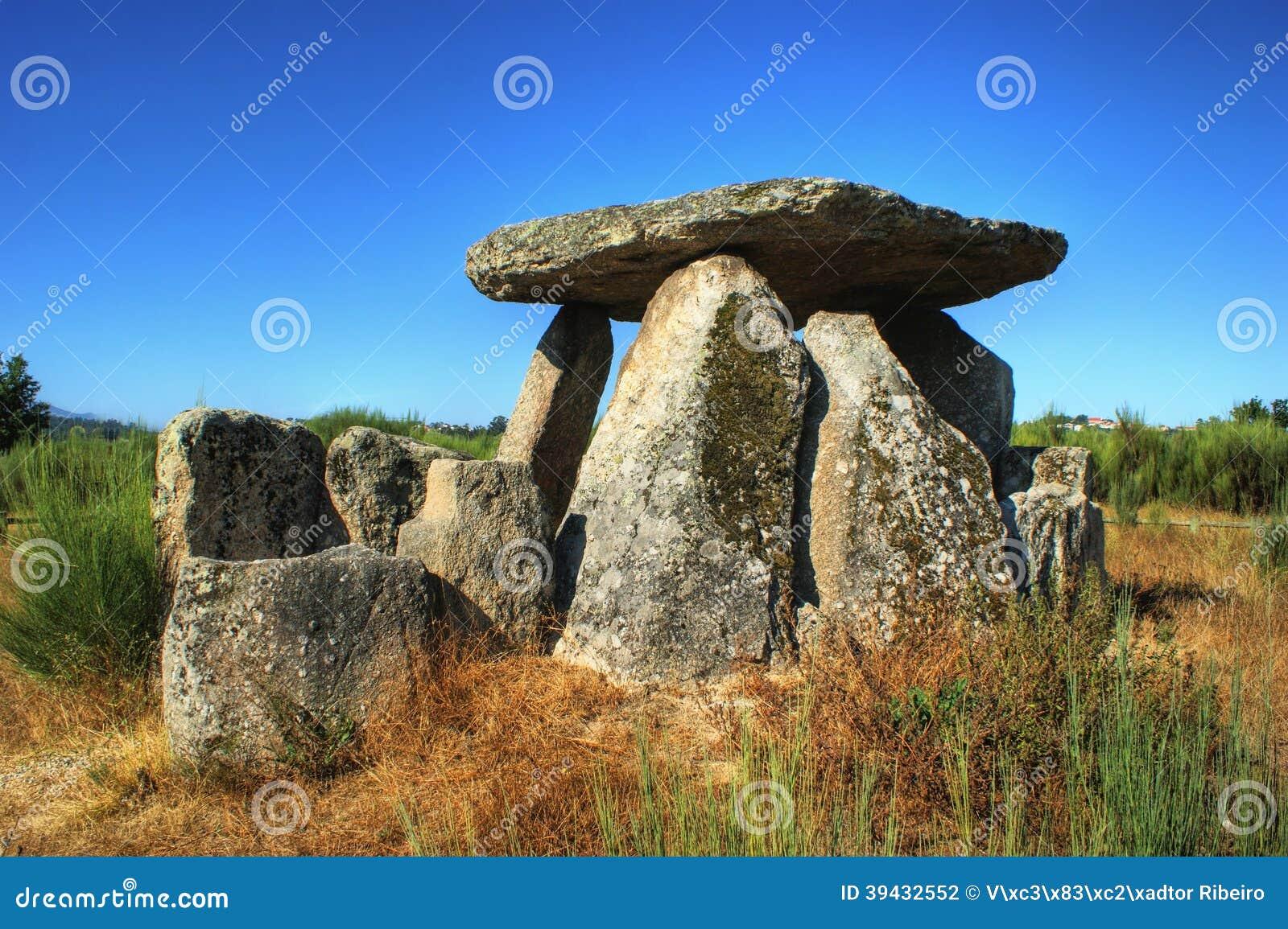 Dolmen Pedra da Orca em Gouveia