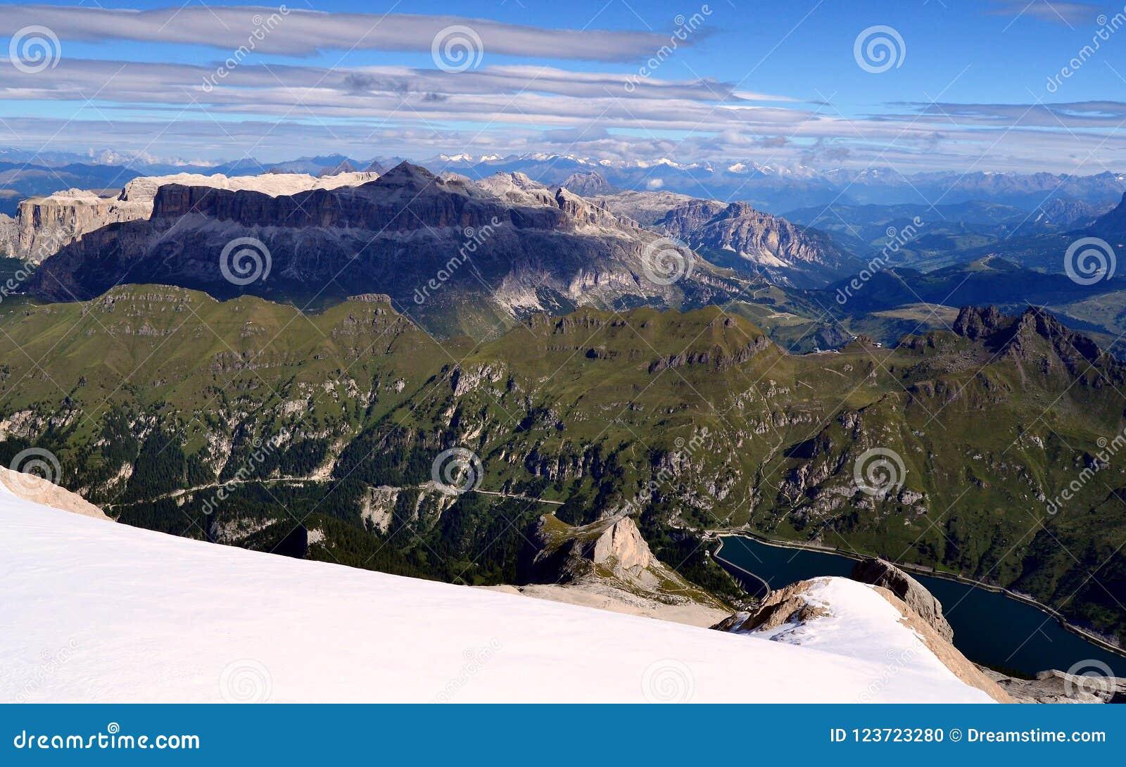 Dolomías, Italia Piz Boe de la cumbre del Marmolada