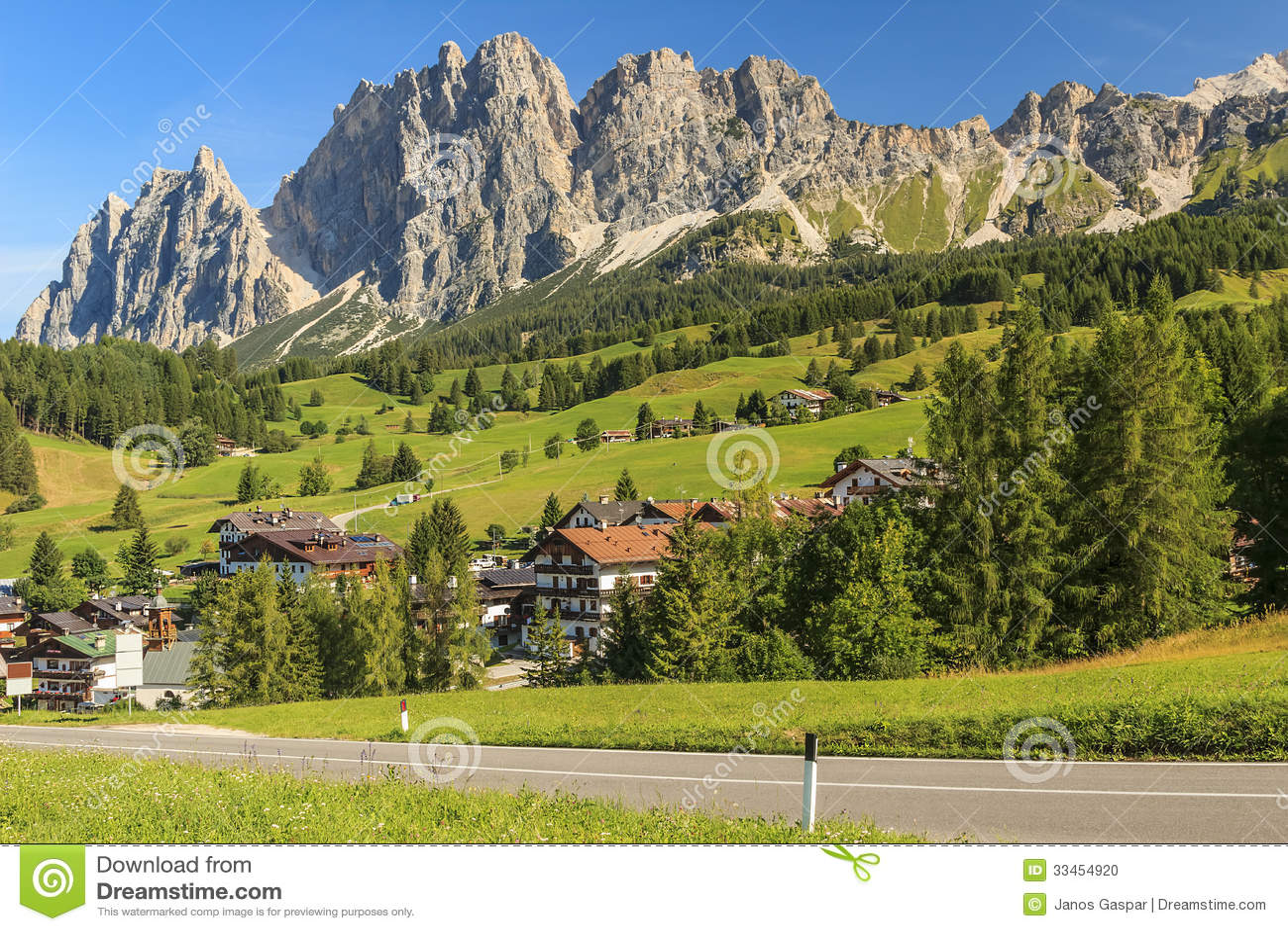 Dolomite Mountains Above Cortina D 39 Ampezzo Sudtirol Italy