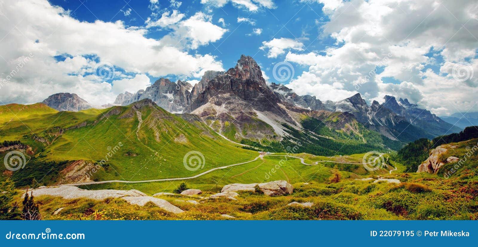 Dolomiti italiano - visión panorámica agradable