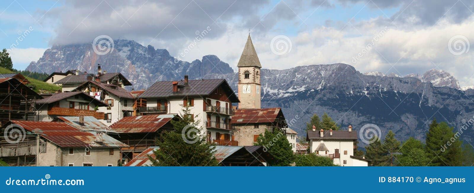 Dolomiti Włoch sappade alpy