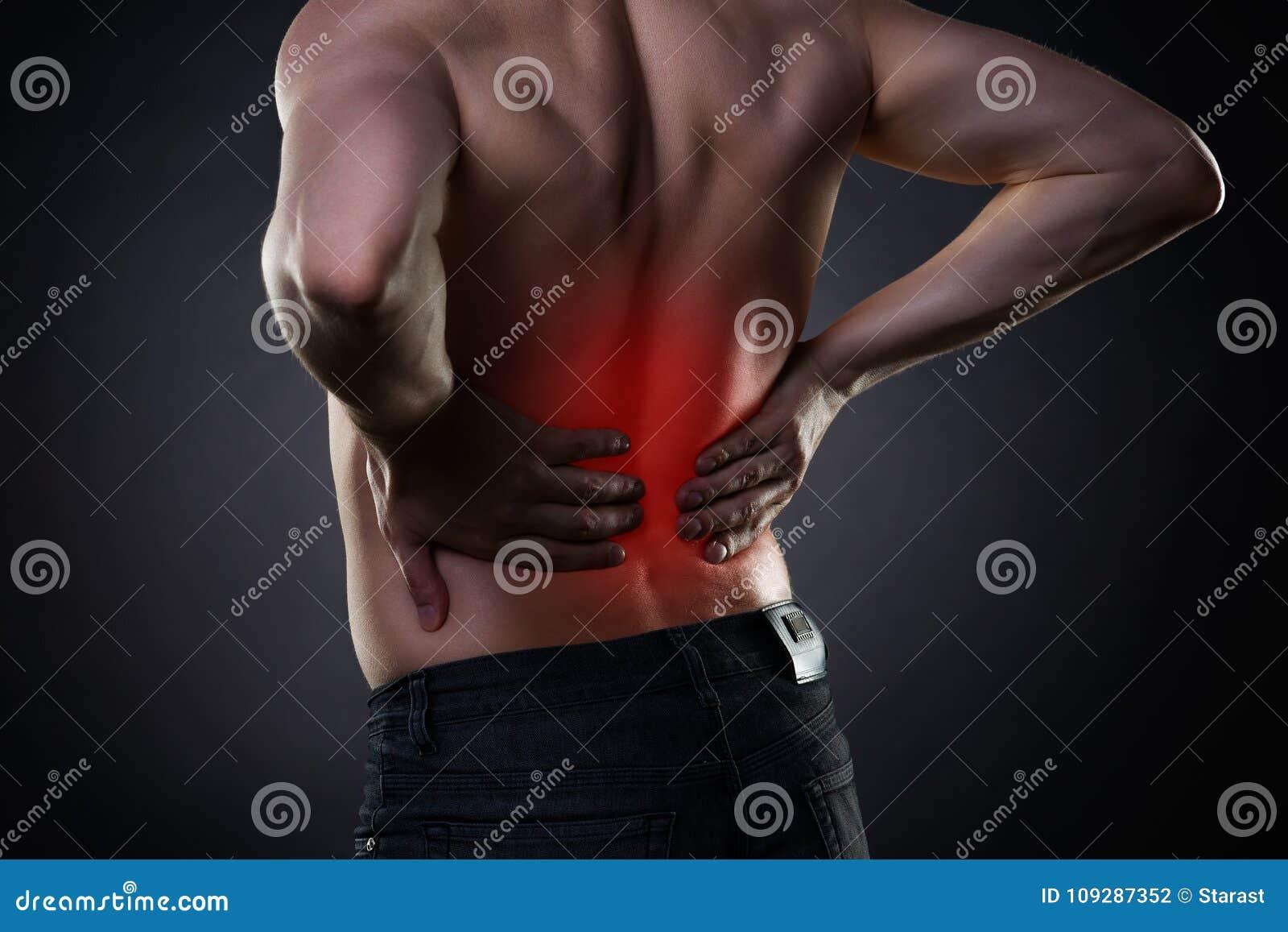 Dolore alla schiena, infiammazione del rene, dolore nel corpo del ` s dell uomo