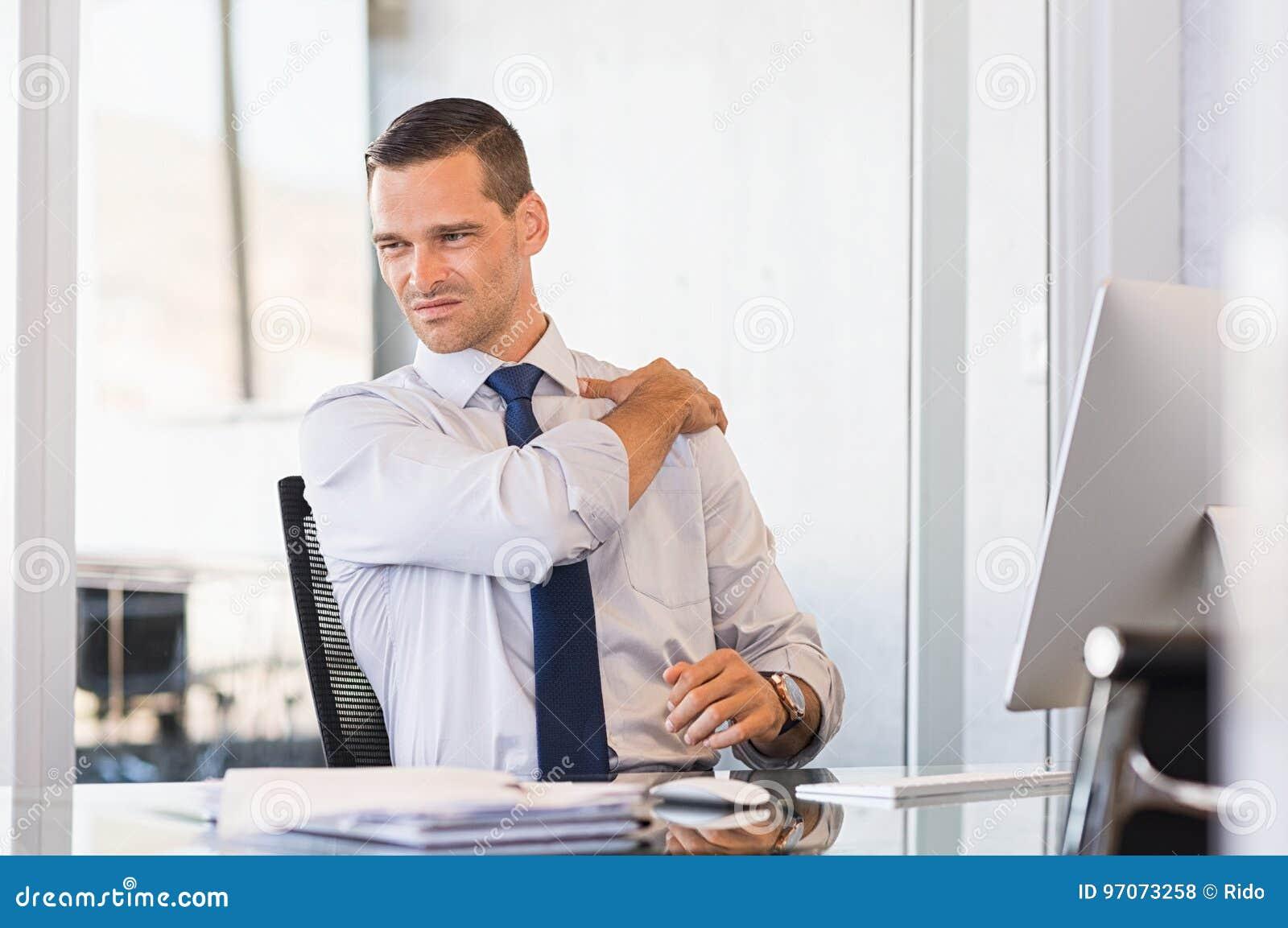 Dolore alla schiena sul lavoro
