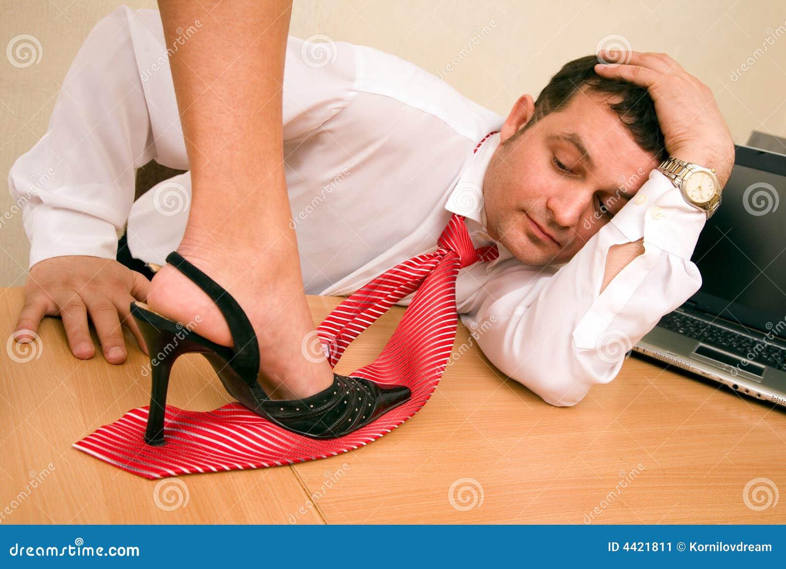Сделай мужа рабом, Заставила непокорного мужа быть рабом 28 фотография