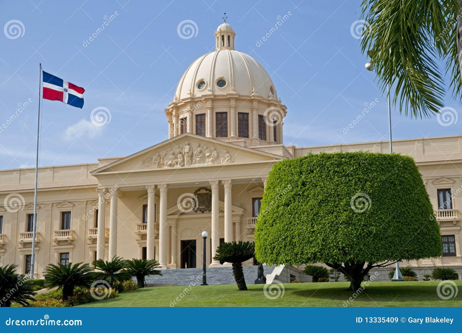 Domingo krajowy pałac santo