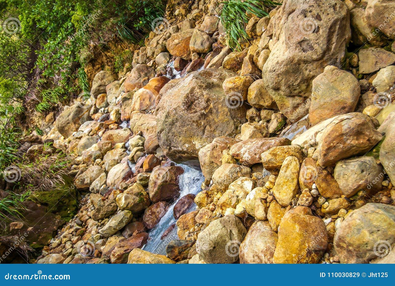Dominica Island-het koken de mening van de meerberg