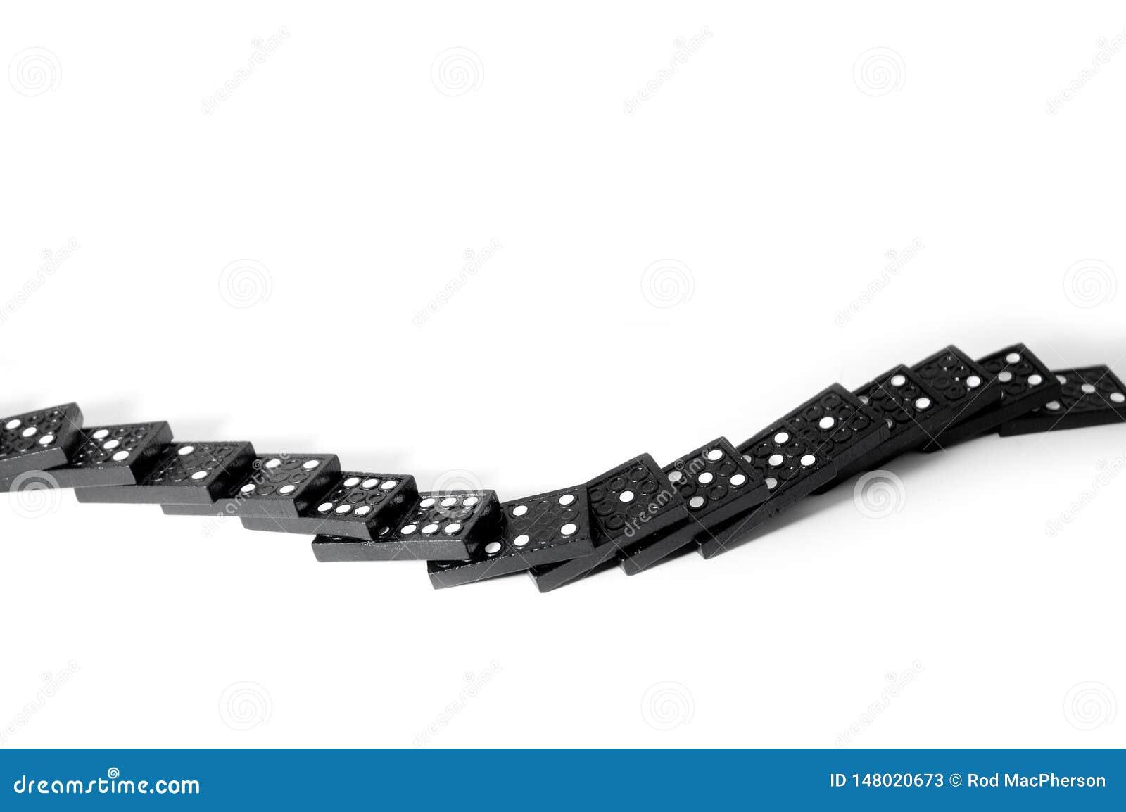 Domino p? en vit bakgrund