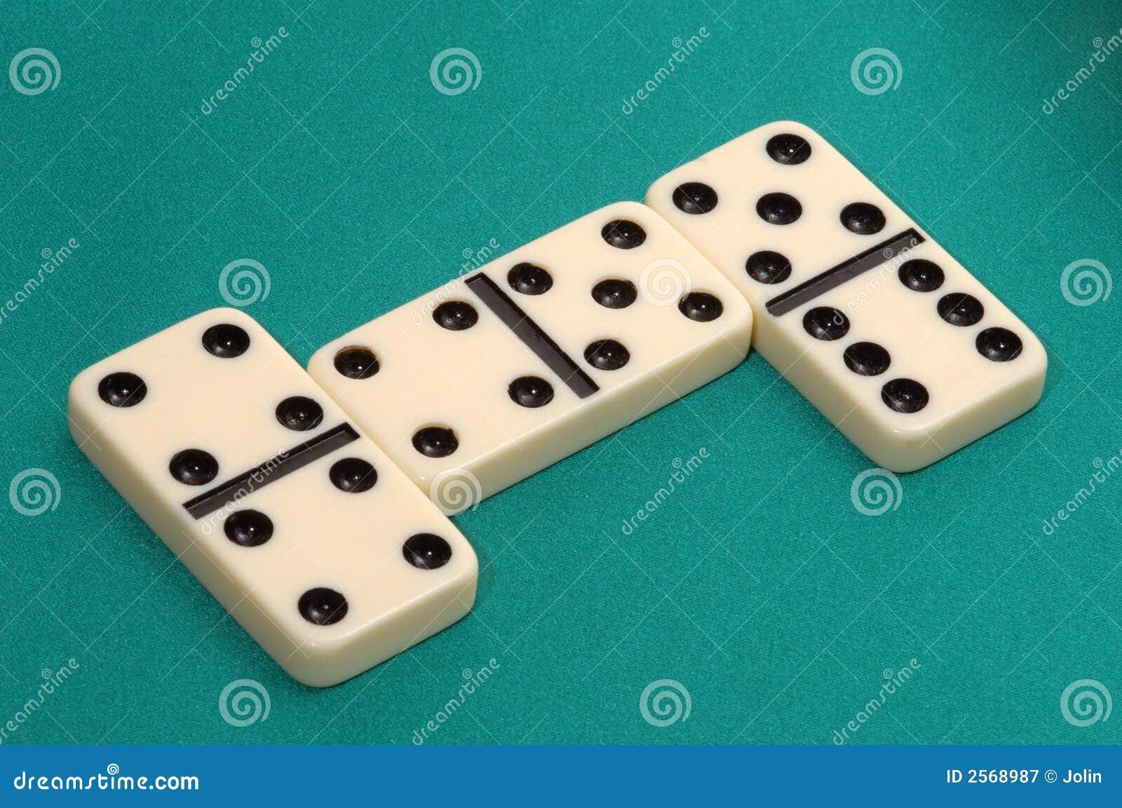 Dominoes online - The number one free Dominoes game