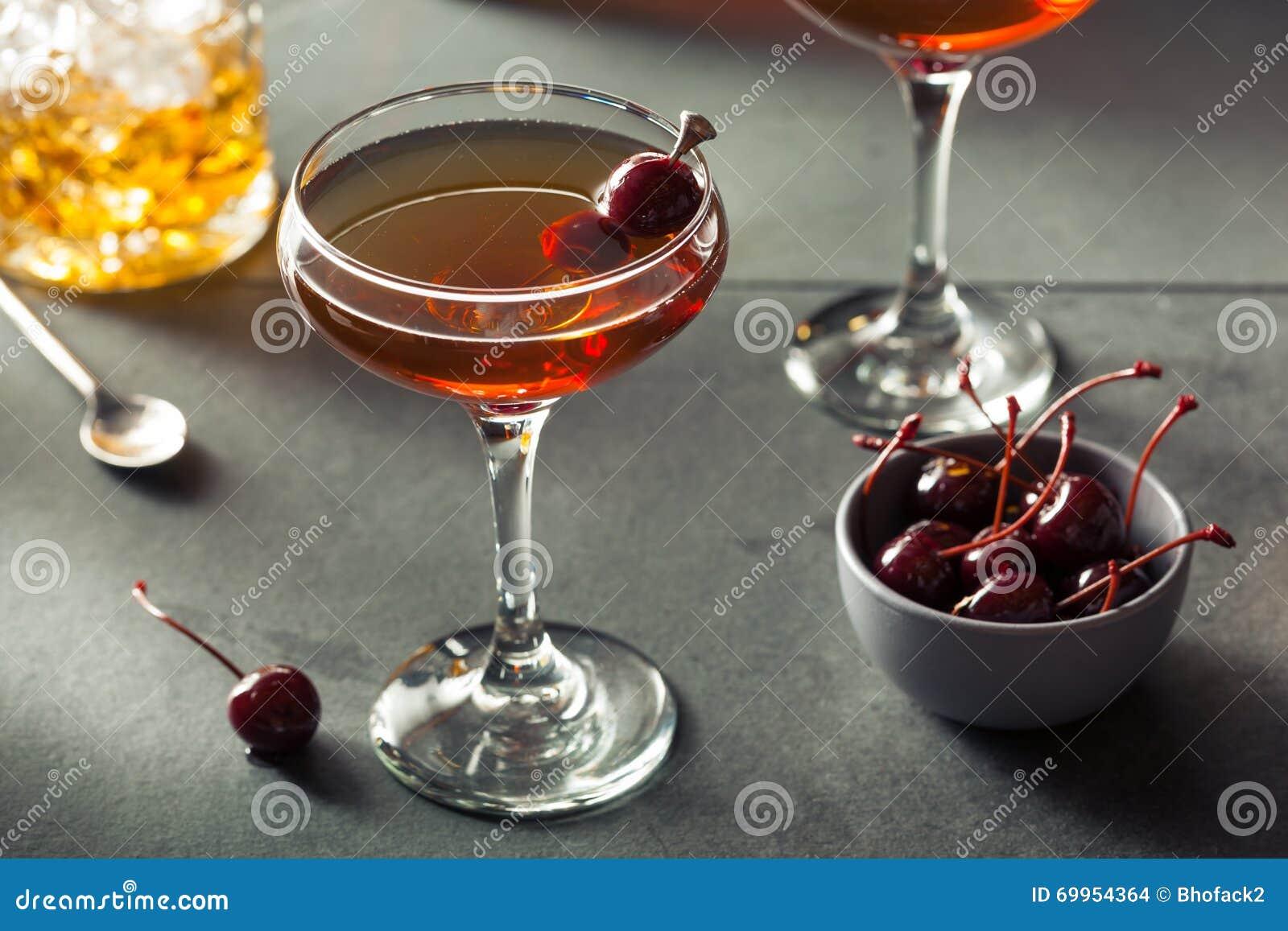 Domowej roboty żyto bourbon Manhattan