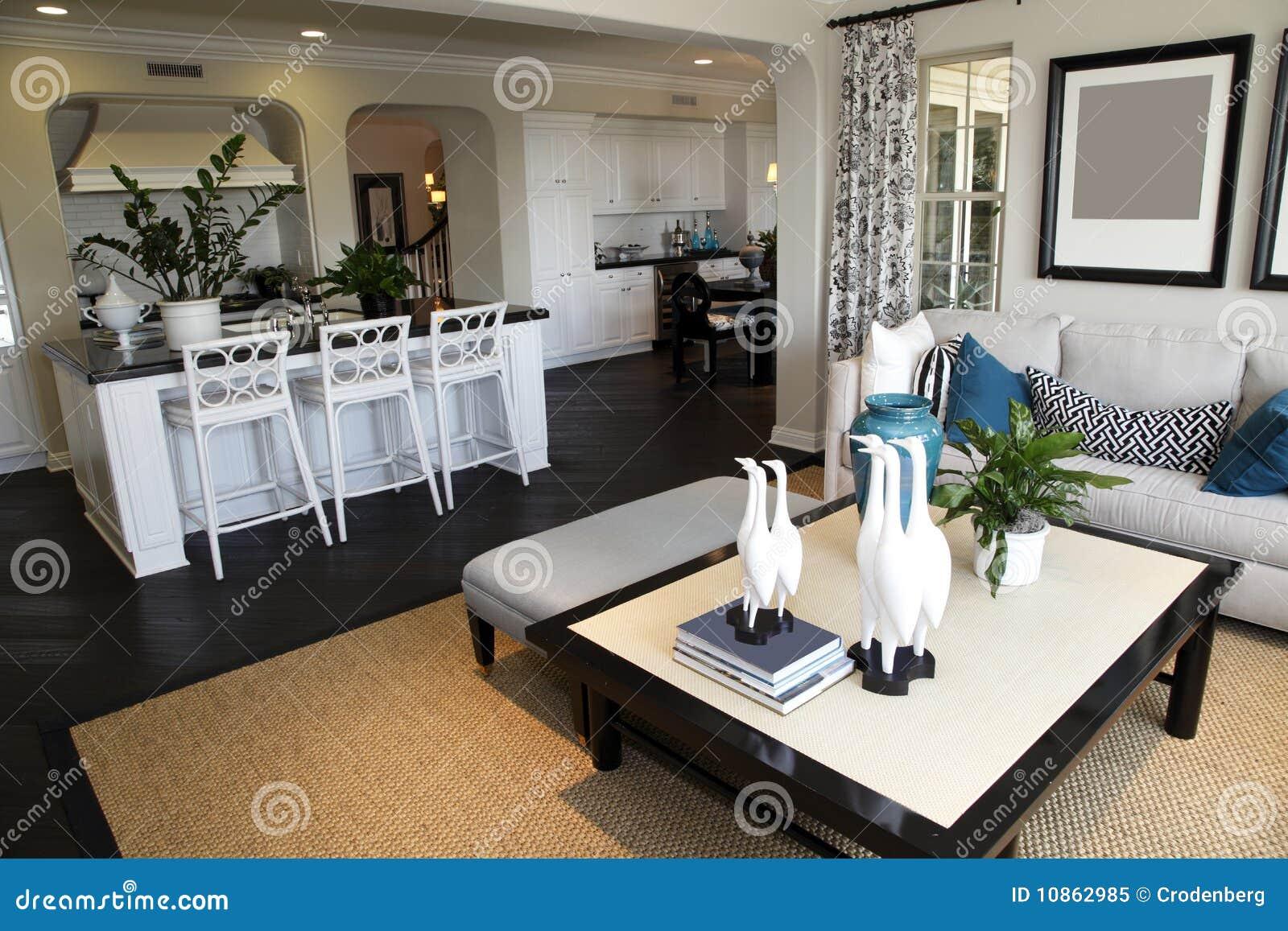 Domowy żywy luksusowy pokój