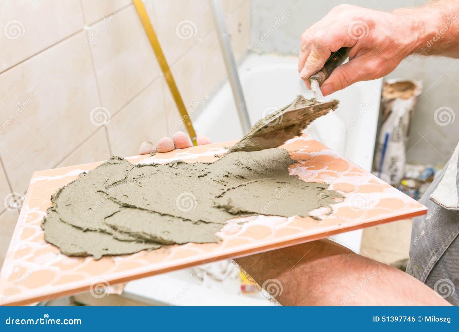 Domowy odświeżanie - płytki na ścianie