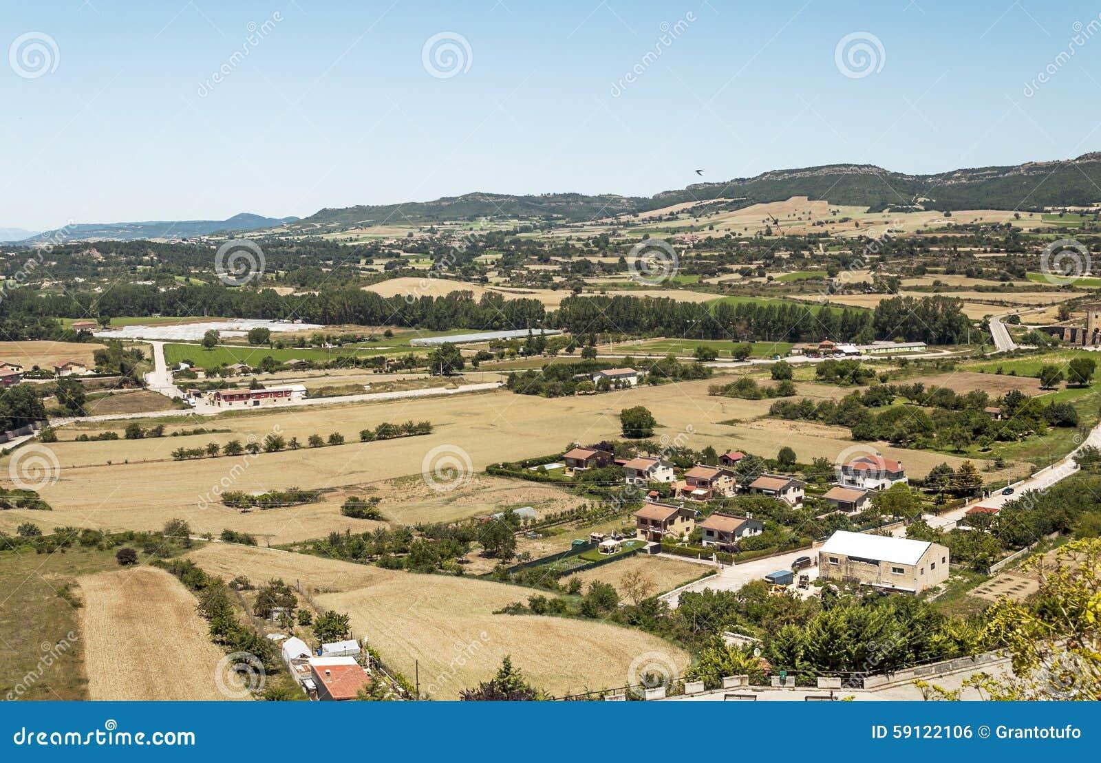 Domy dolina