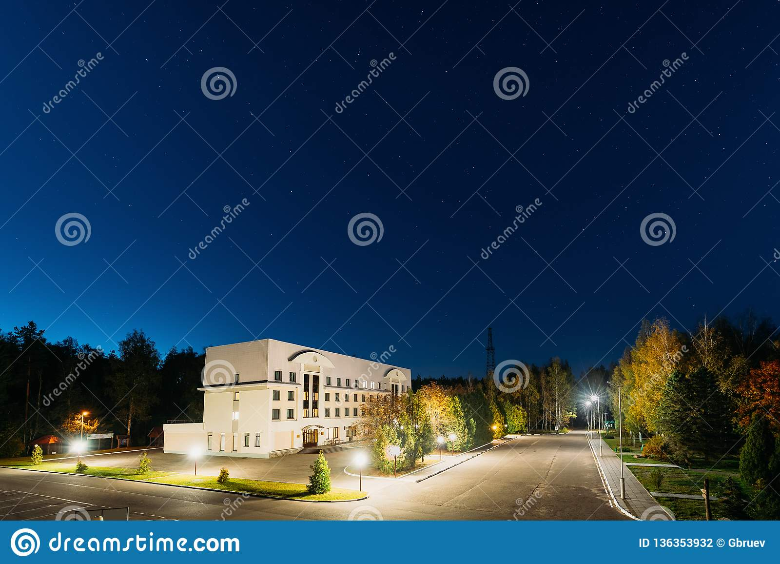 Domzheritsy, regione di Vitebsk, Bielorussia Hotel Serguch complesso in B
