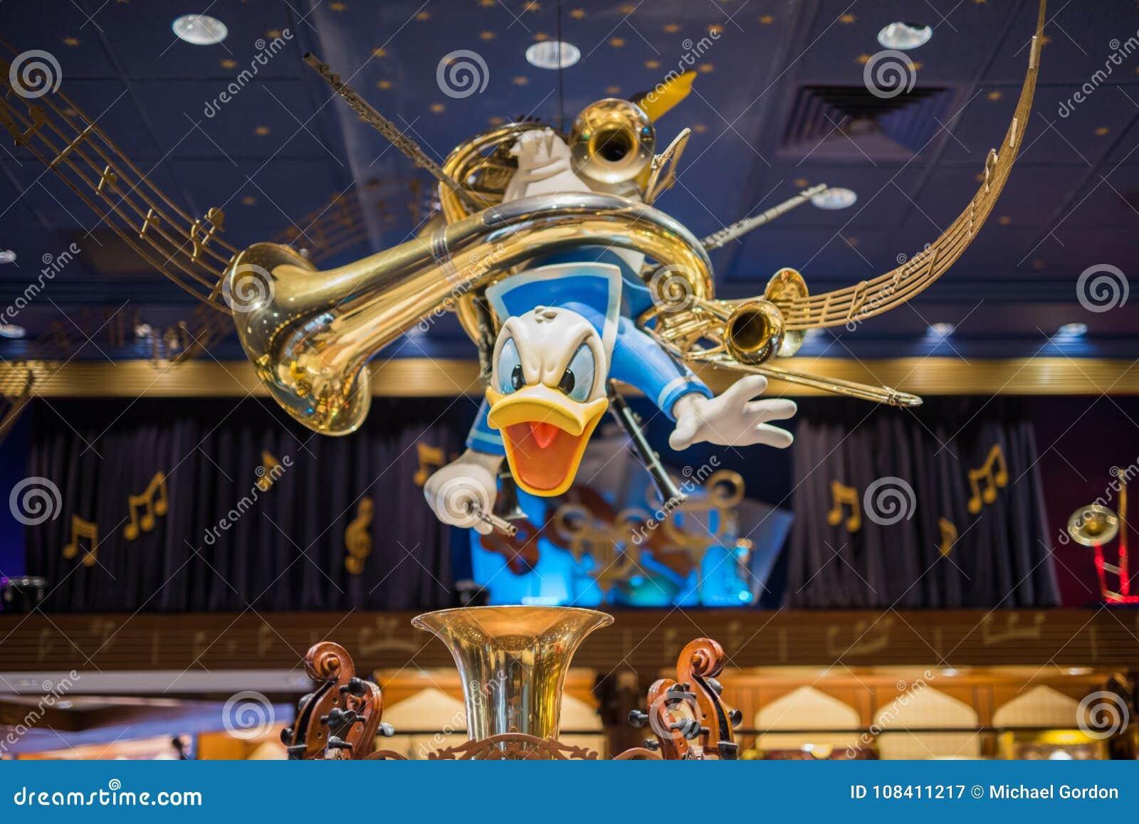Donald Duck in un deposito di Disney al regno magico, Walt Disney World