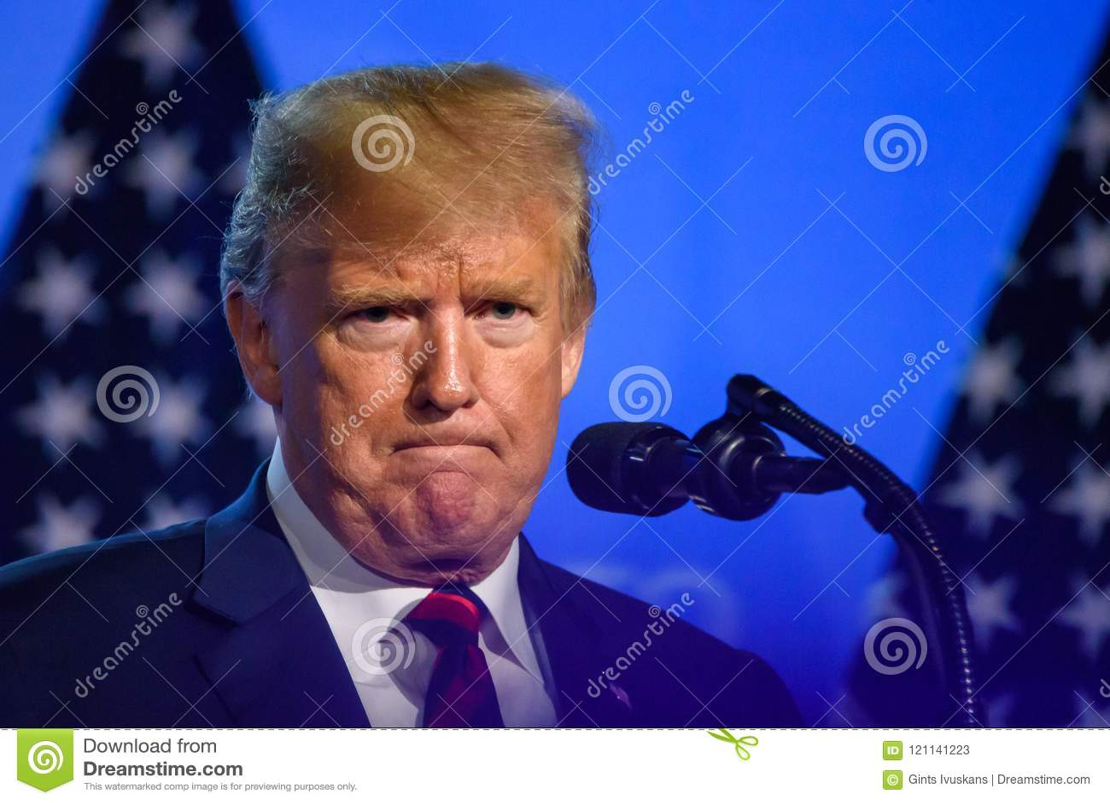 Donald Trump, président des Etats-Unis d Amérique, pendant la conférence de presse au SOMMET d OTAN 2018