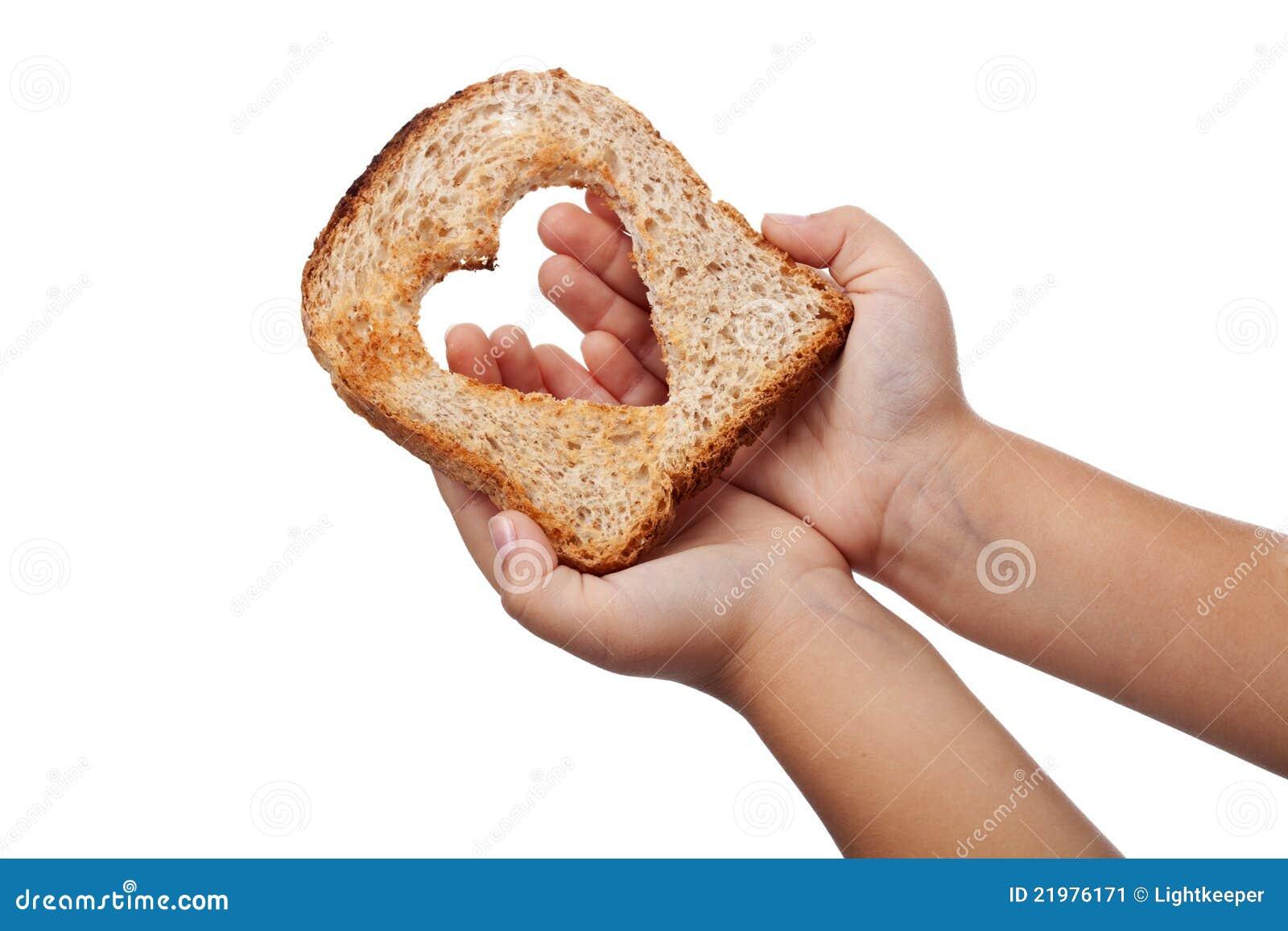 Donante del alimento con amor