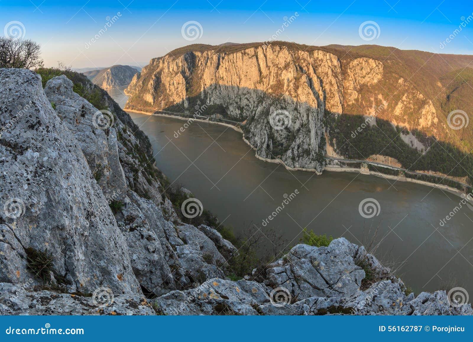 Donauklyftorna, Rumänien