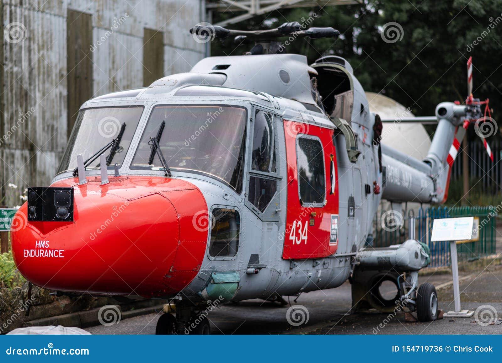 DONCASTER, REGNO UNITO - 28 LUGLIO 2019: L elicottero dalla resistenza di HMS - la nave reale di Lynx del ghiaccio della marina