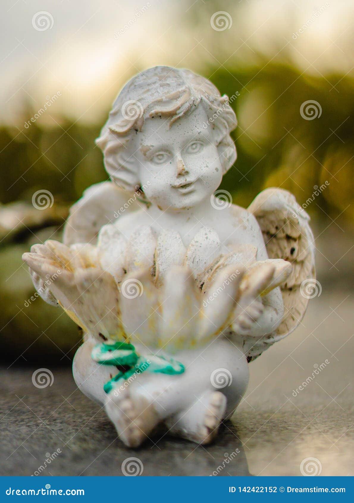 Doniosła dekoracji lub grób statua