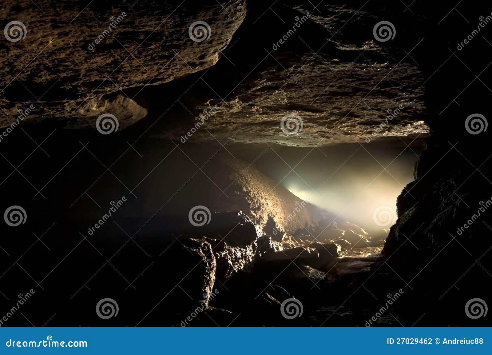 Donker hol
