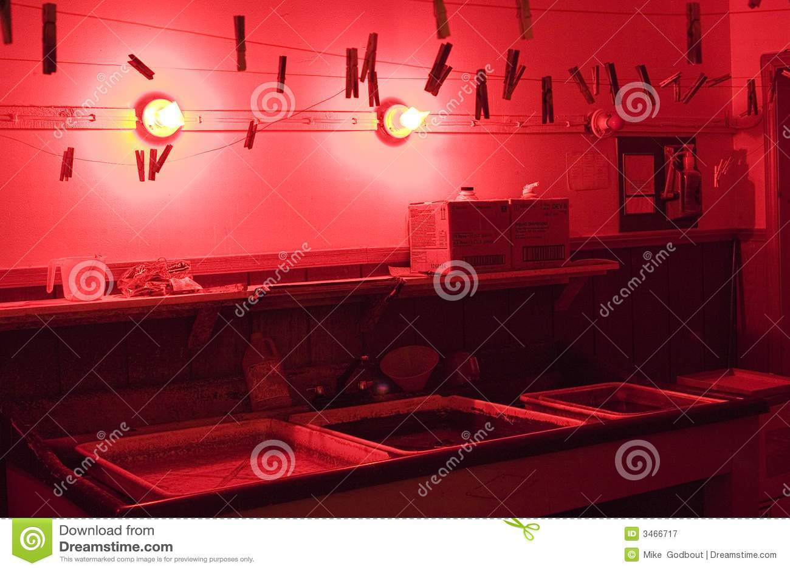 Donkere kamer stock afbeelding afbeelding bestaande uit for Cuarto de rayos x