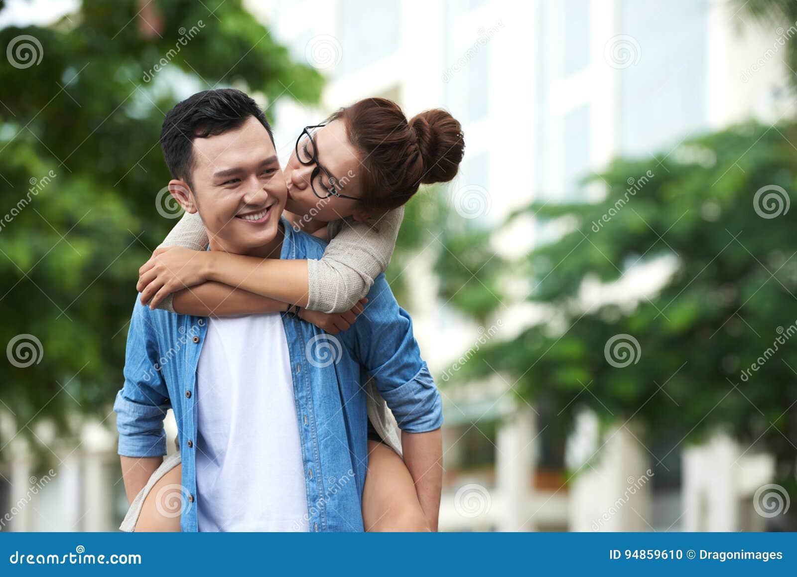 Asiatico signora dating