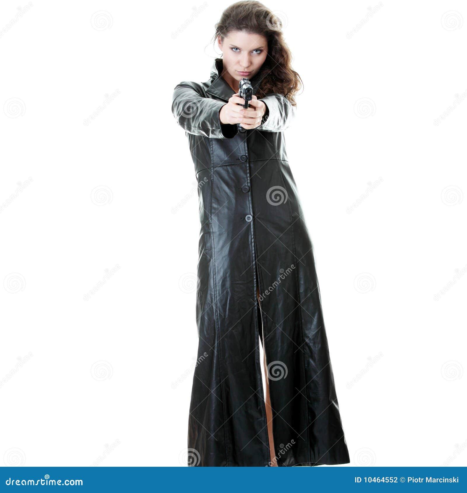 Donna con la rivoltella