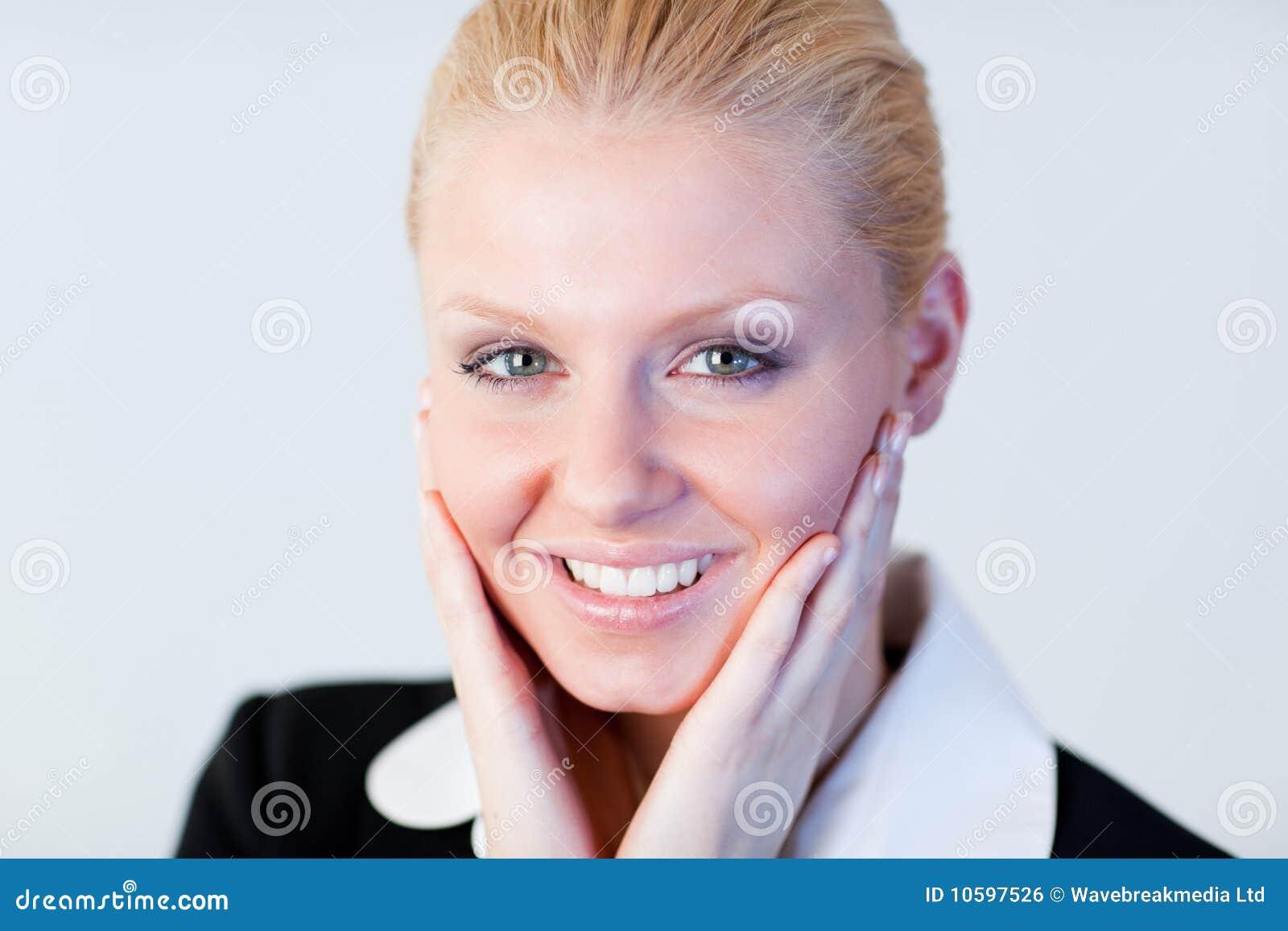 Donna con le mani sul suo fronte fotografia stock for Suo e suo bagno