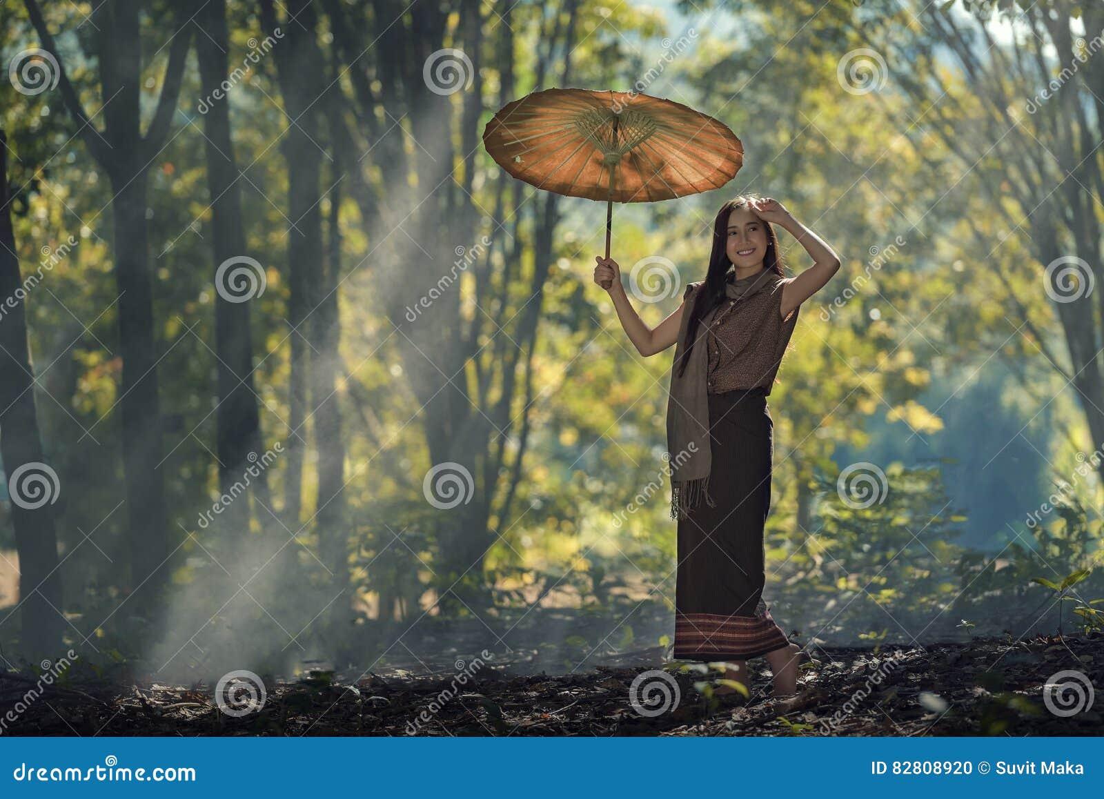 Donna del Laos