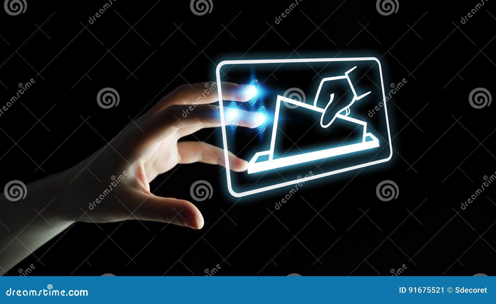 Donna di affari che vota facendo uso della rappresentazione dell interfaccia digitale 3D