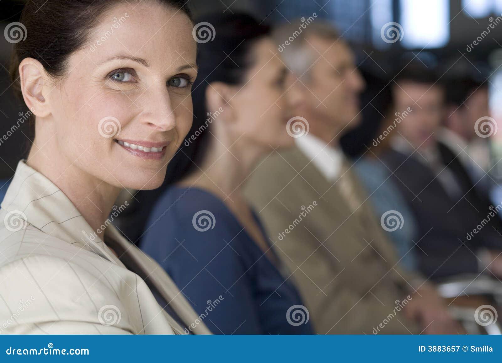 Donna di affari con la squadra