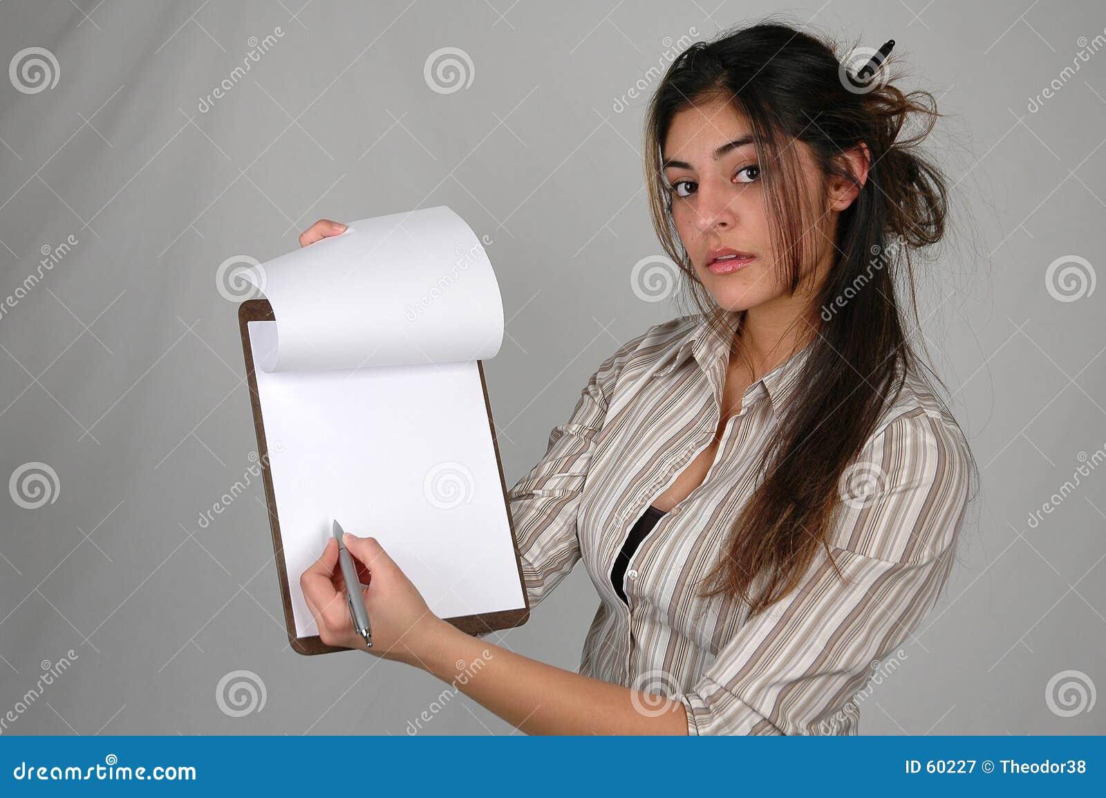 Donna di affari e documents-2
