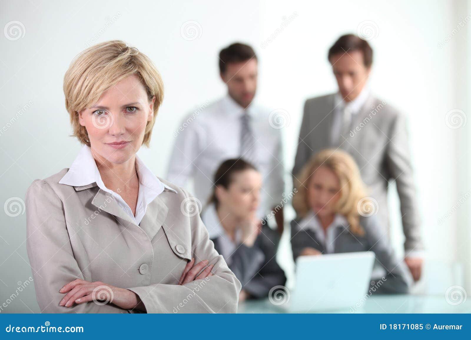 Donna di affari sicura