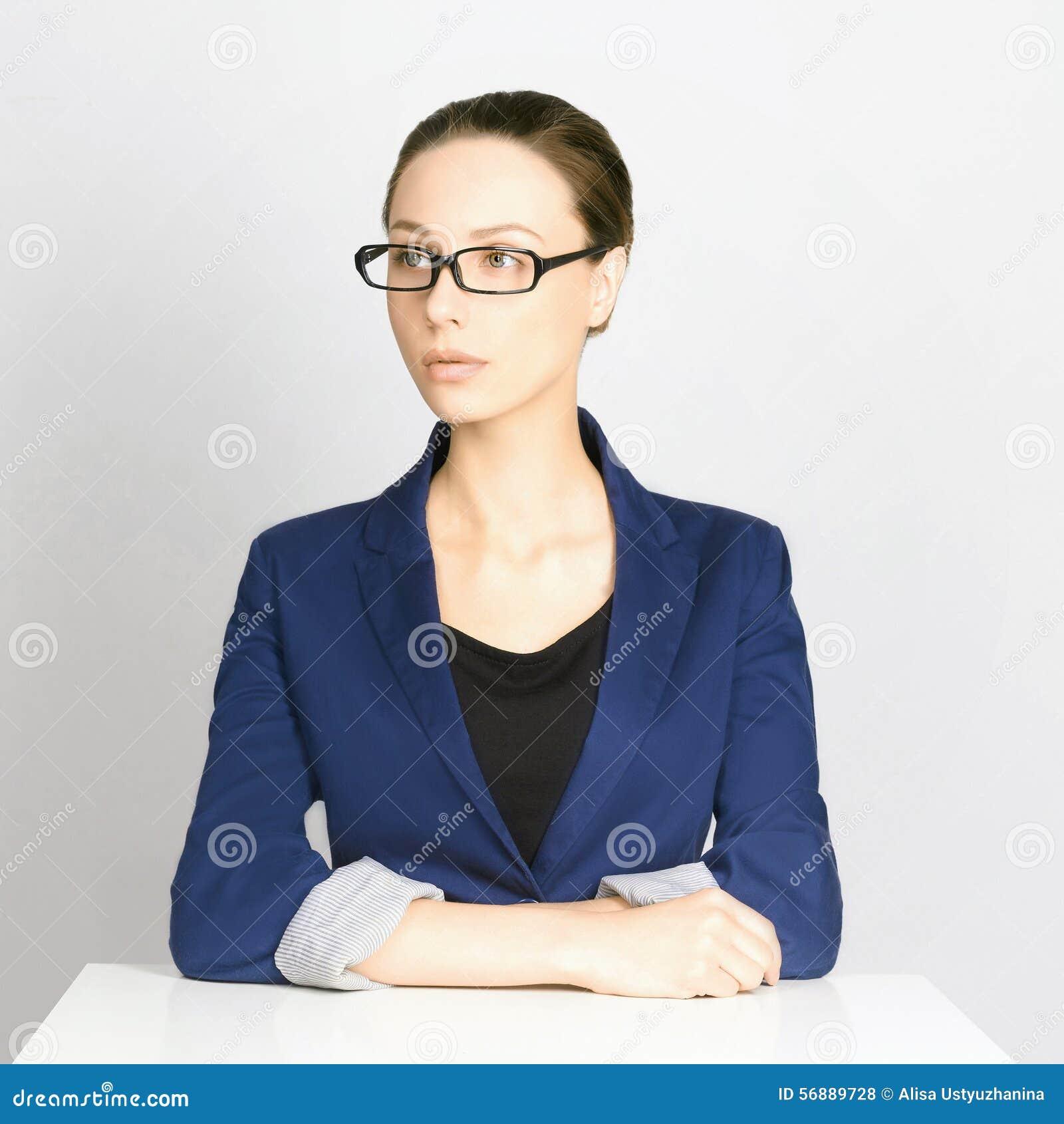 Donna di affari in vetri