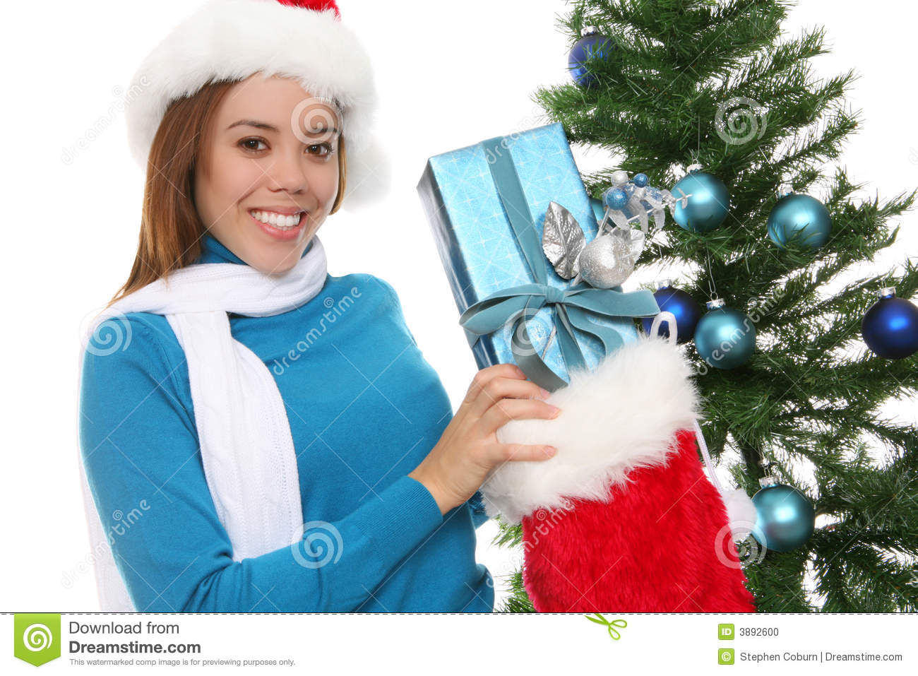 Donna felice a natale