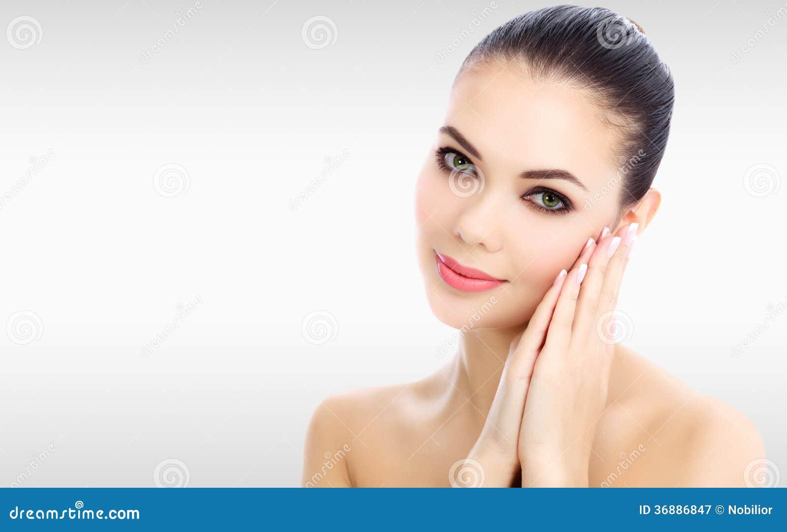 Download Donna graziosa immagine stock. Immagine di ragazza, sano - 36886847