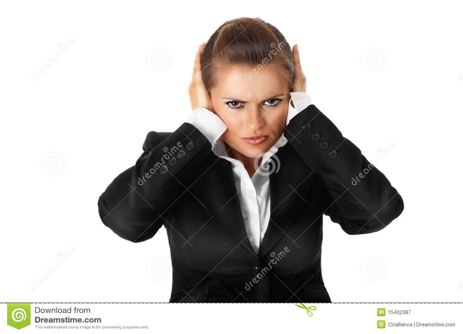Donna moderna di affari con la mano sulle orecchie