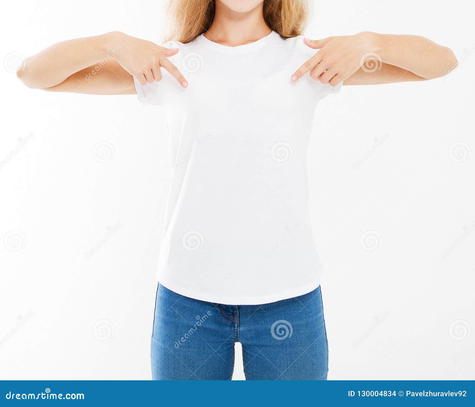 Donna sexy potata del ritratto in maglietta bianca isolata su fondo bianco, falso su per desigh