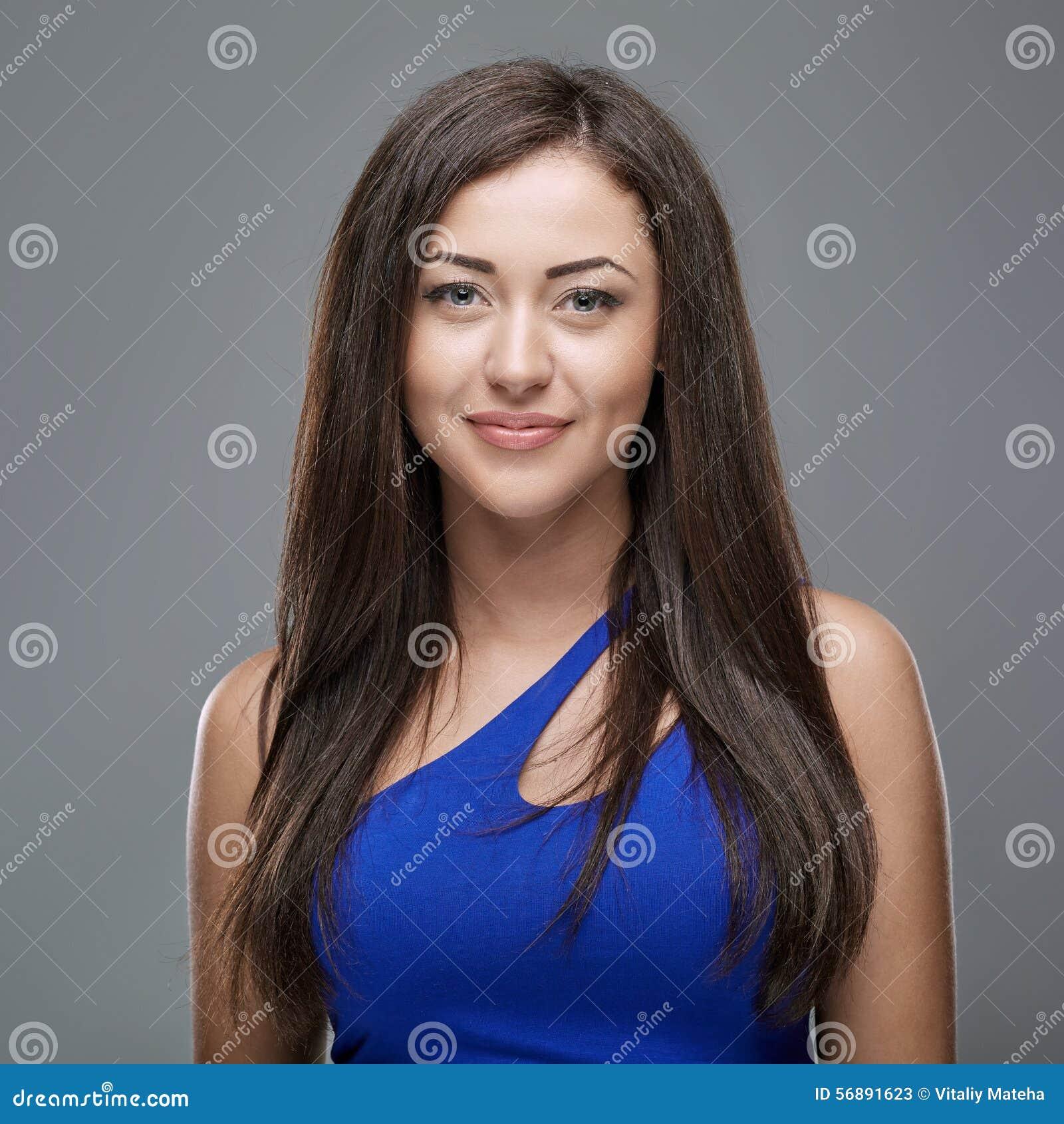 Donna in un vestito blu