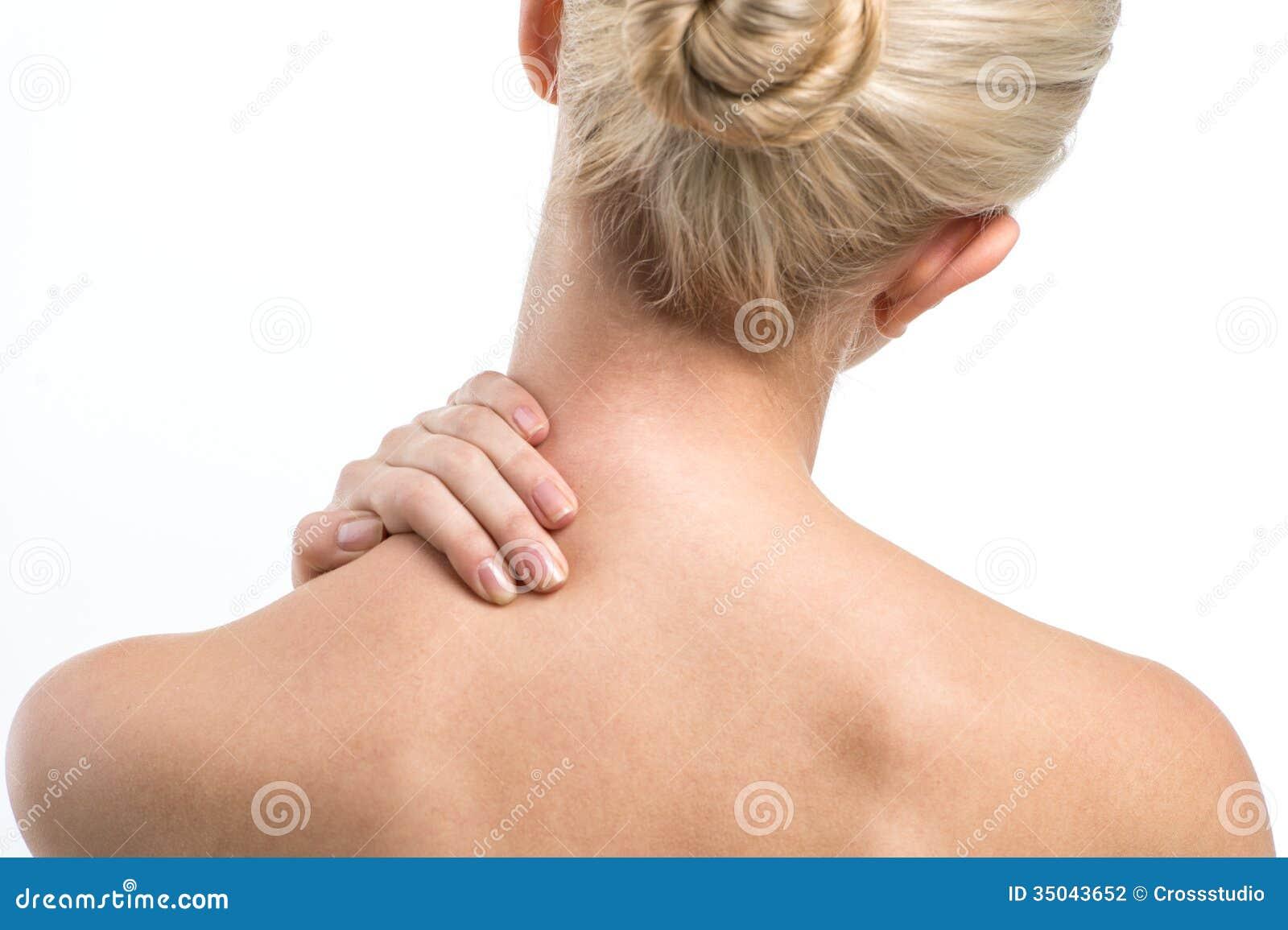 Dolori nel fondo di uno stomaco che dà a una vita a mensilmente