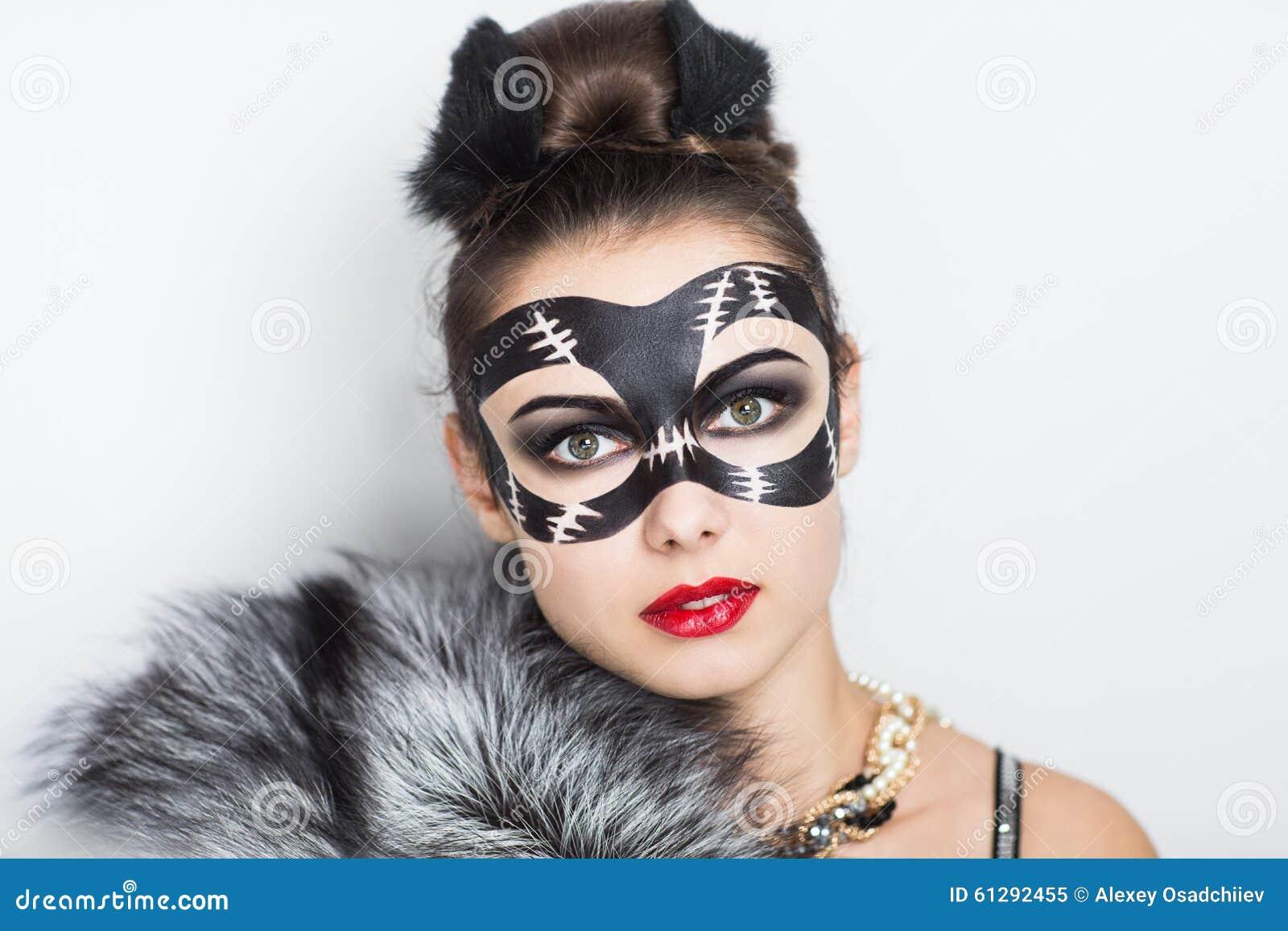 sexy nero donne mangiare micio