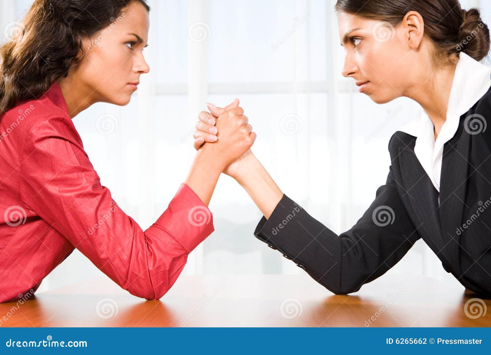 Donne nella lotta